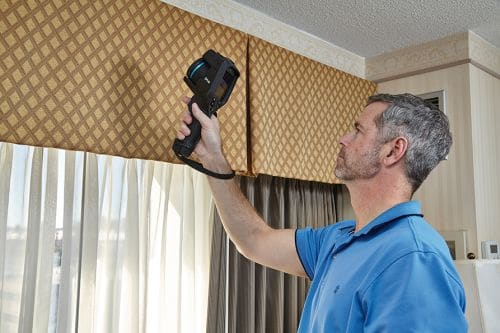 Wärmebildkamera FLIR Exx Inspektion von Gebäudemängel
