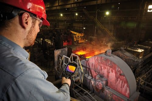 Wärmebildkamera FLIR Exx zur Überwachung von Anlagen